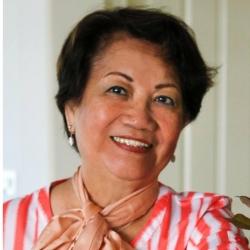 Pastor - Virginia Aquino